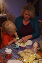 Thanksgiving Decorating/eating frosting